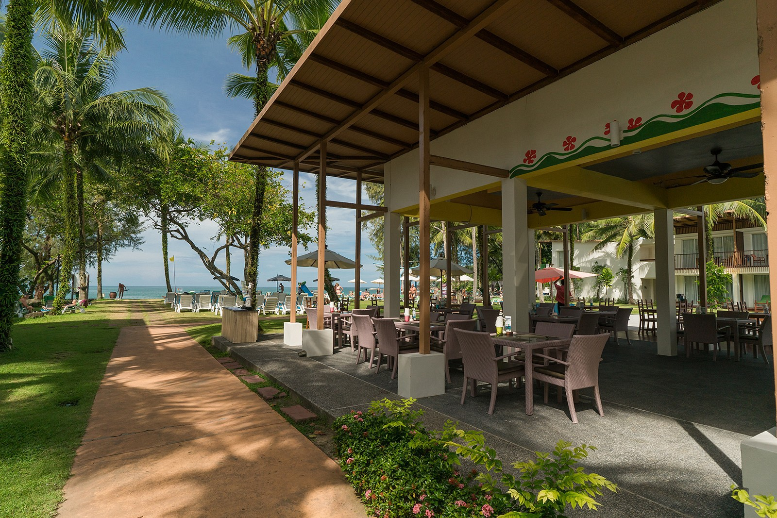 The Briza Beach Resort Khao Lak